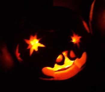 daniel_pumpkin_front.jpg